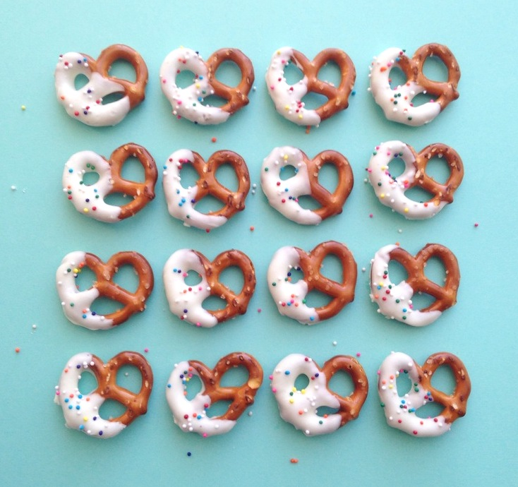 Easy To Make Snack White Chocolate Covered Pretzels Delish Thoughts